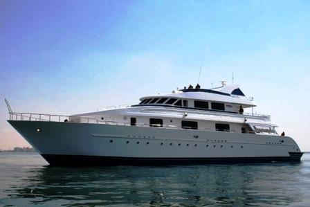 Яхта десмондо